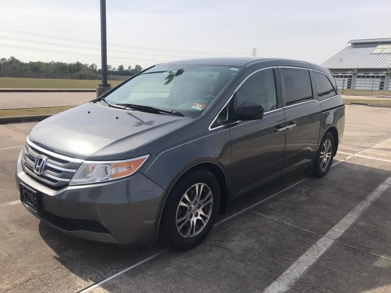 Honda Odyssey 2013 price $8,900