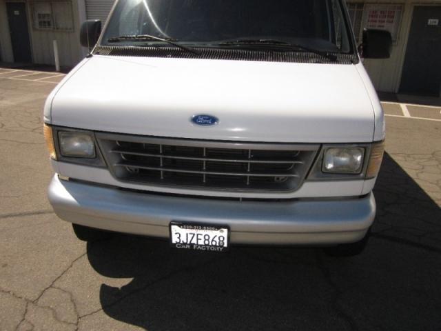 1994 Ford Econoline Wagon