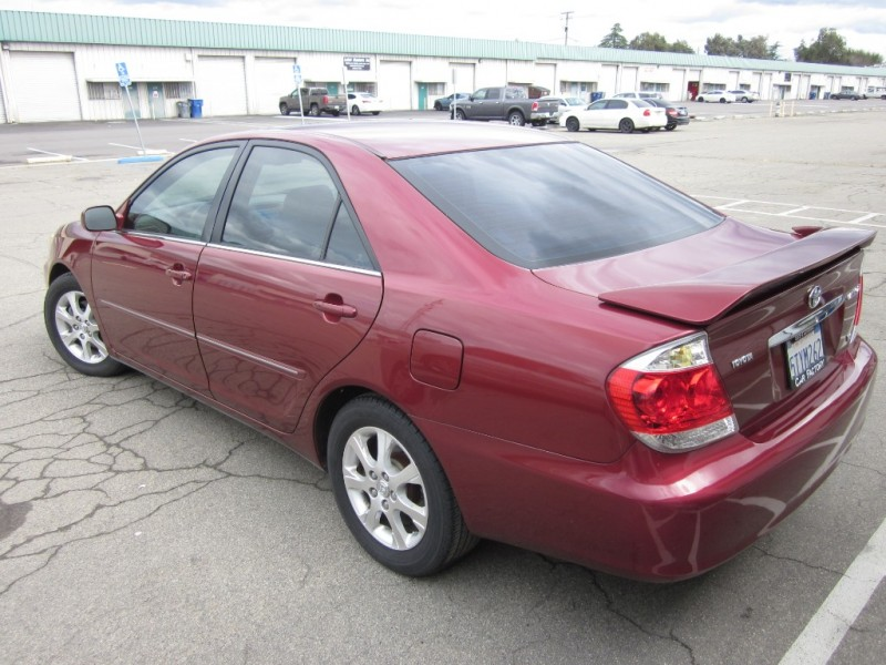 Toyota Camry 2006 price Call