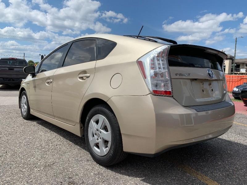 Toyota Prius 2010 price $10,495