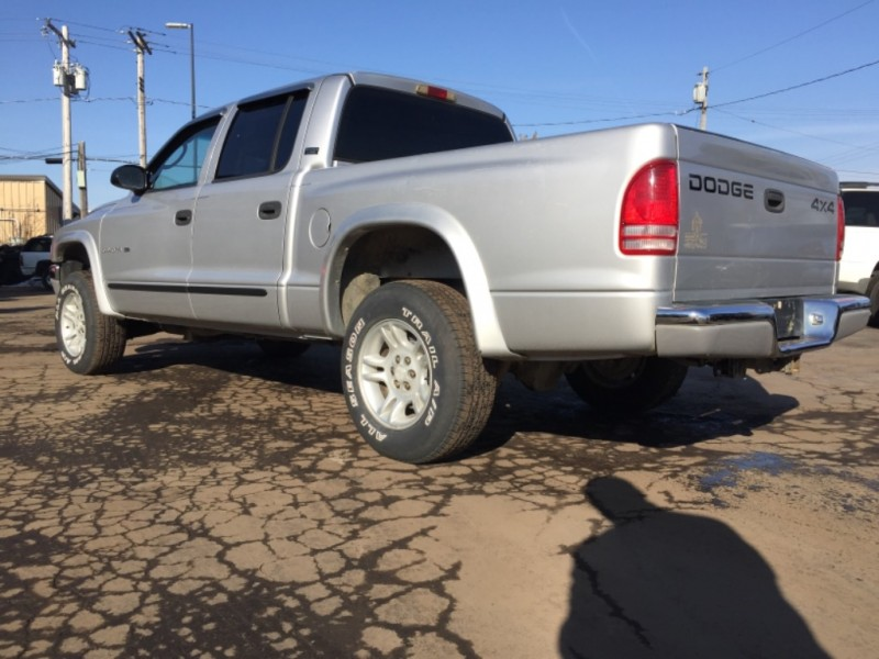 Dodge Dakota 2001 price $5,995