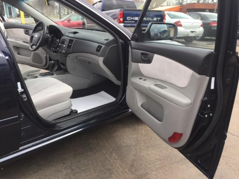 Kia Optima 2010 price $4,988
