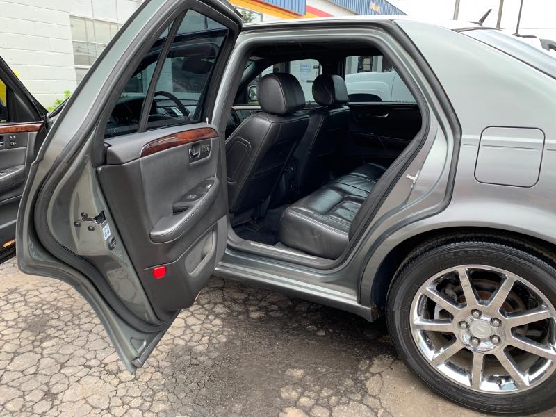 Cadillac DTS 2006 price $6,795