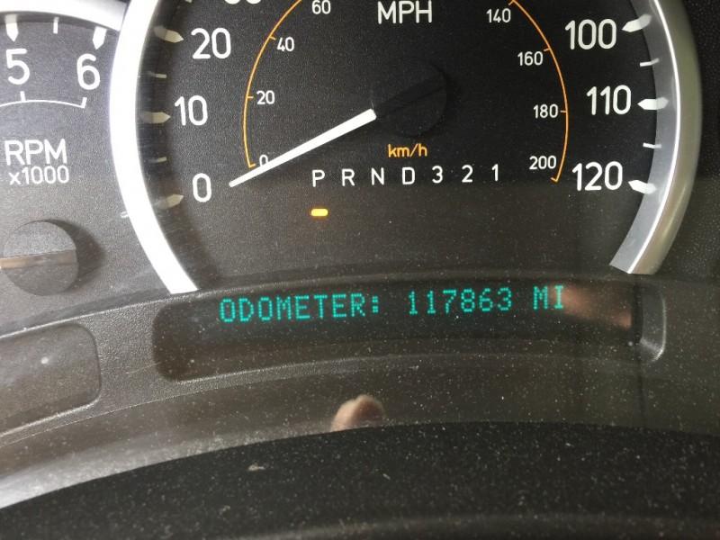 Hummer H2 2006 price $16,595