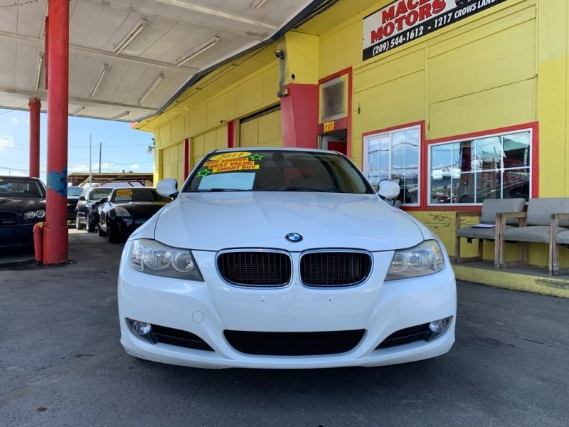 BMW 3-Series 2011 price $7,999