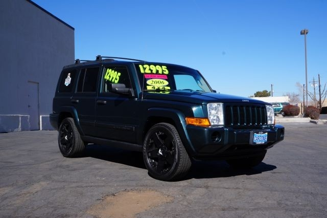 2006 Jeep Commander 4dr 4WD - Inventory | hyatt imports