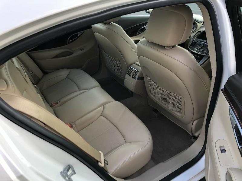 Buick LaCrosse 2011 price $10,880