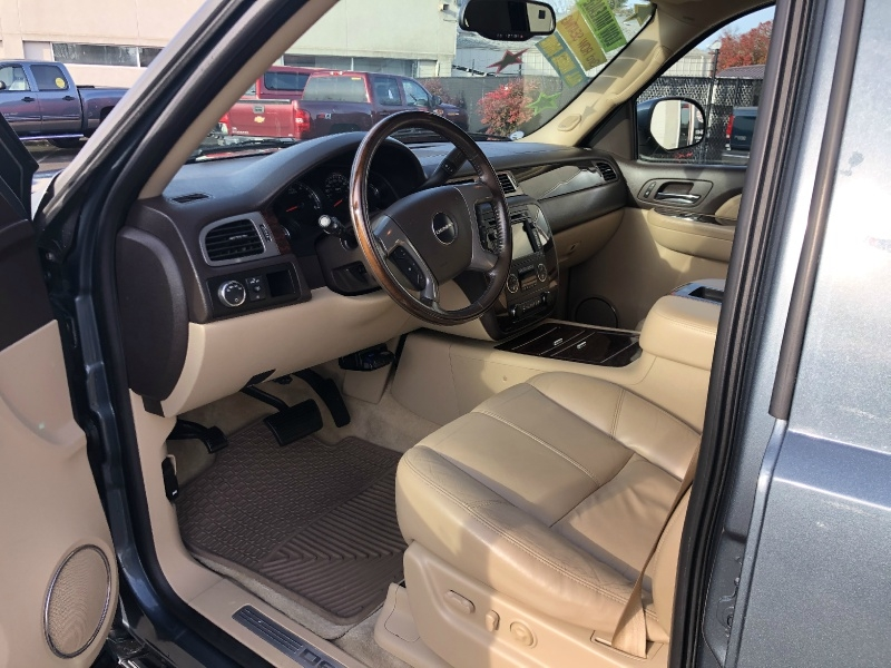 GMC Yukon XL Denali 2008 price $16,880