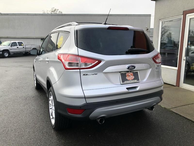 Ford Escape 2013 price $12,880