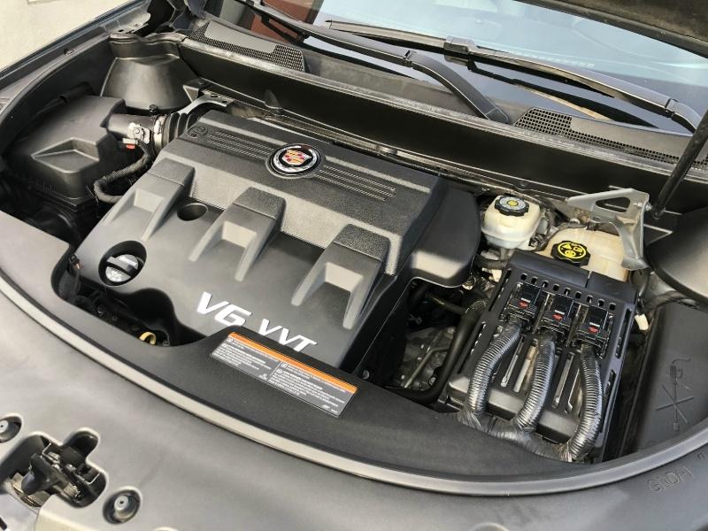 Cadillac SRX 2013 price $15,880