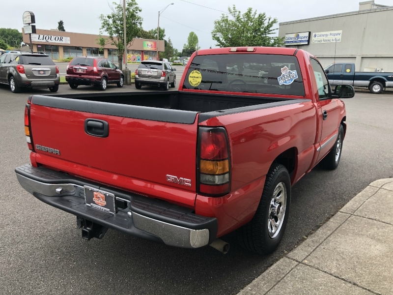 GMC Sierra 1500 2006 price $10,880