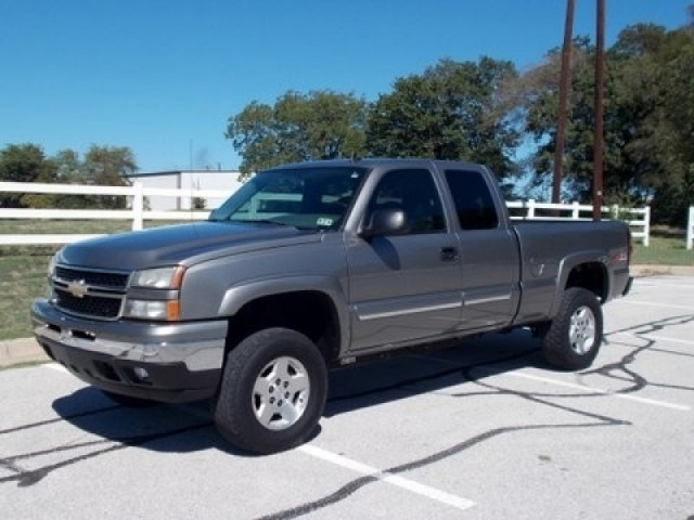 2006 chevrolet silverado 1500 ext cab z71 4x4 inventory gmc leasing auto dealership in. Black Bedroom Furniture Sets. Home Design Ideas