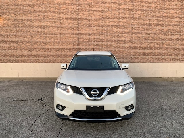 Nissan Rogue 2016 price $12,800