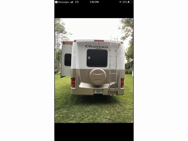 - E-450SD 2009 price $43,950