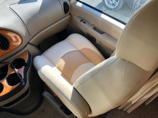 - E-450SD 2008 price $48,950