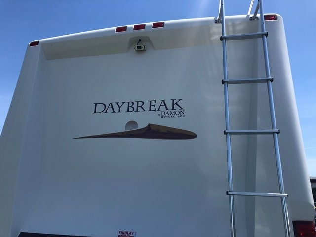 - DAYBREAK 3270 2009 price Call for Pricing.
