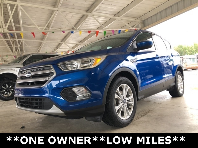 Ford Escape 2017 price $16,950