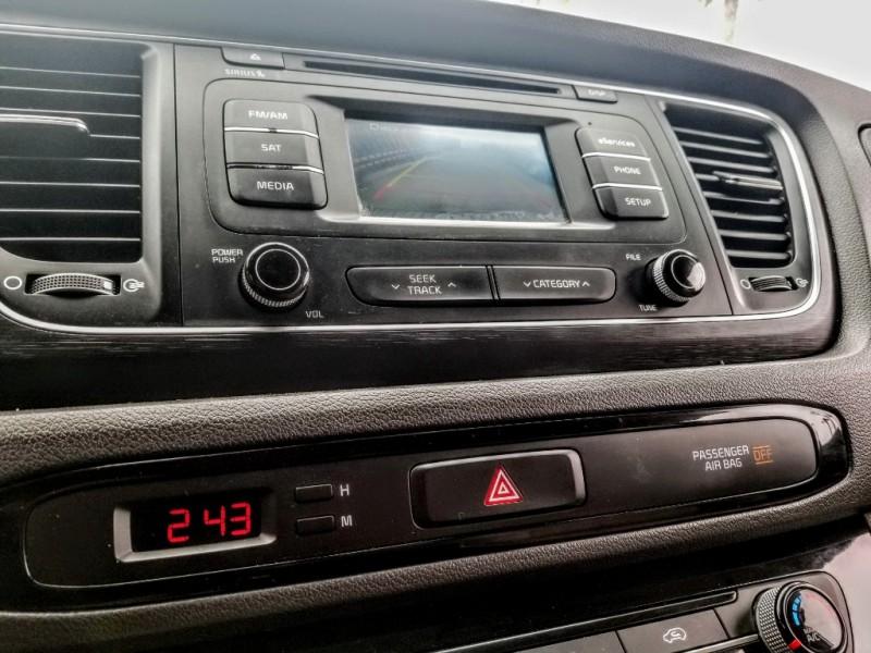 Kia Sedona 2015 price $10,988