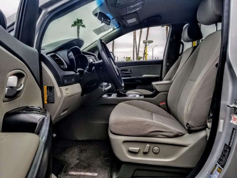 Kia Sedona 2015 price $9,988