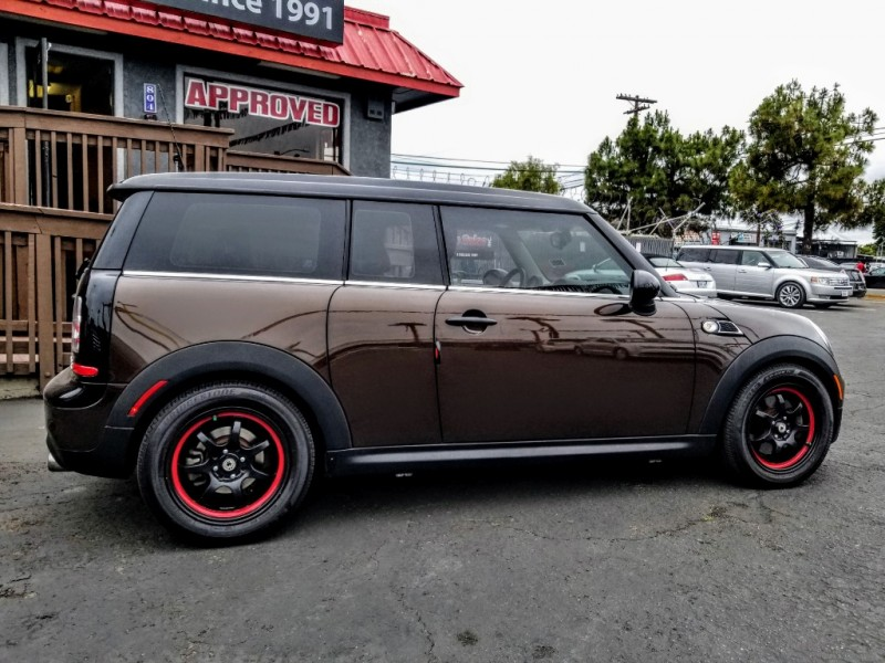 Mini Cooper Clubman 2012 price $9,988