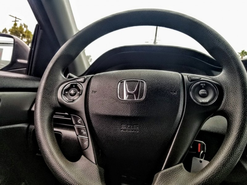 Honda Accord Sedan 2015 price $12,988