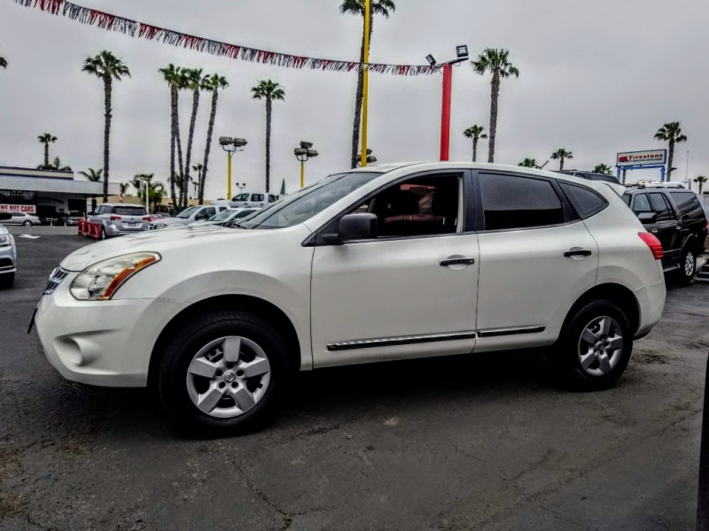 Nissan Rogue 2013 price $8,988