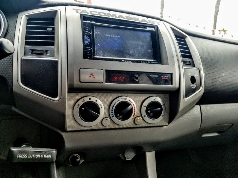 Toyota Tacoma 2006 price $12,988
