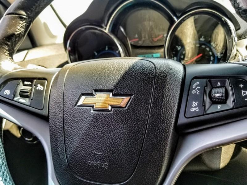Chevrolet Cruze 2014 price $10,988