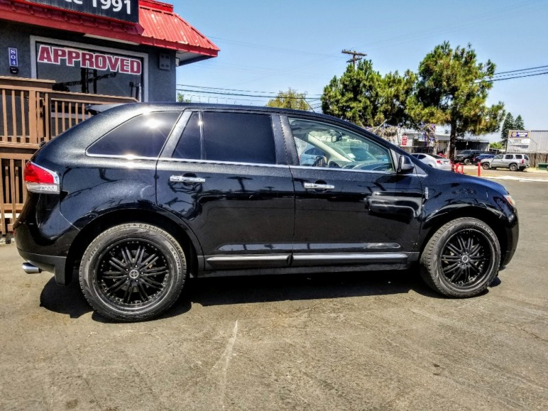 Lincoln MKX 2011 price $12,988