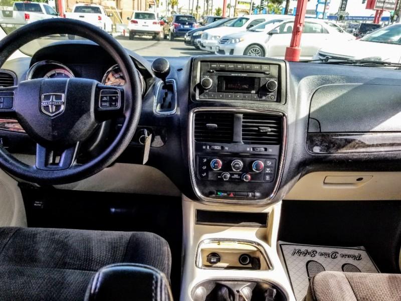Dodge Grand Caravan 2014 price $9,988