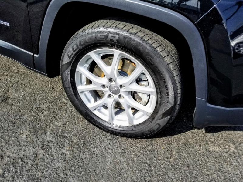 Jeep Cherokee 2014 price $10,988