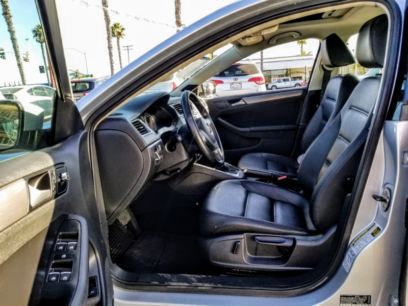 Volkswagen Jetta Sedan 2014 price $11,988