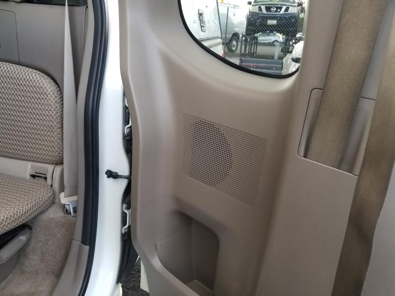 Nissan Frontier 2015 price $13,988