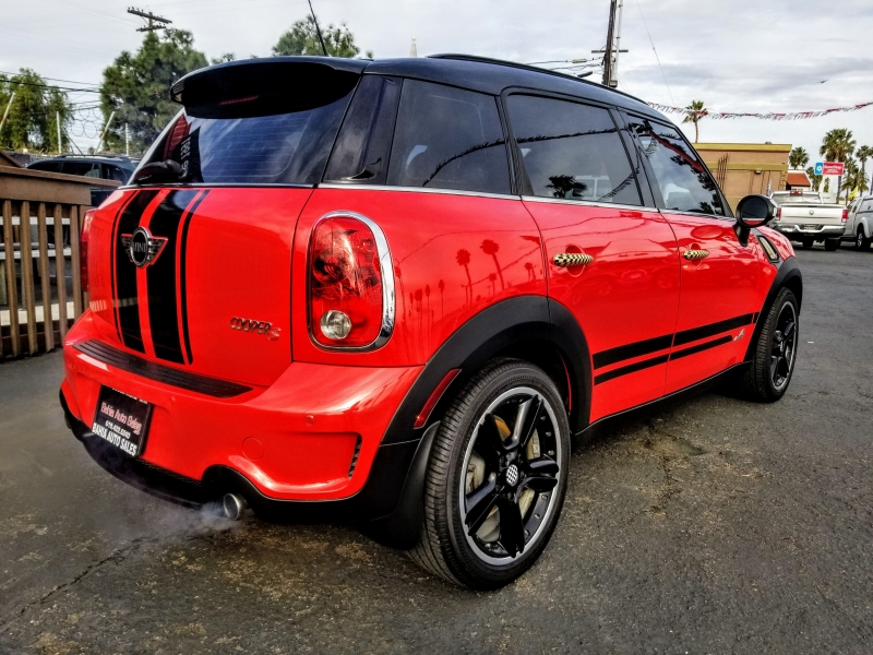 Mini Cooper Countryman 2012 price $10,988