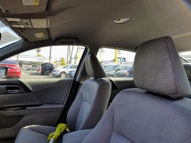 Honda Accord Sedan 2015 price $11,988