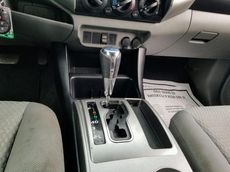 Toyota Tacoma 2013 price $18,988