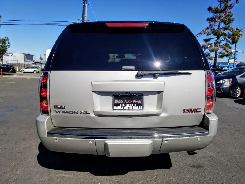 GMC Yukon XL Denali 2009 price $10,988