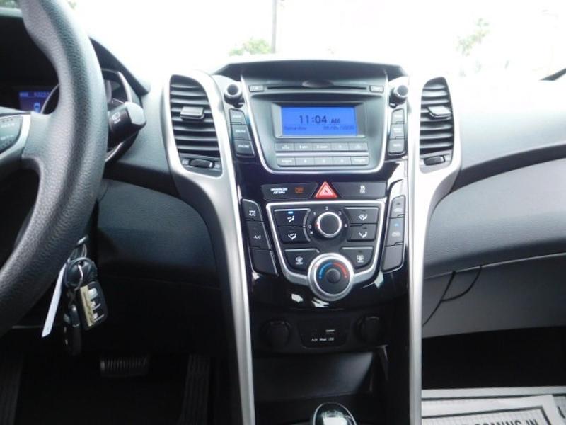 Hyundai Accent 2017 price $9,988