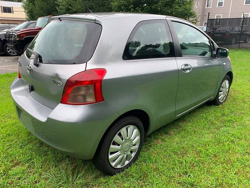 Toyota Yaris 2008 price $2,700