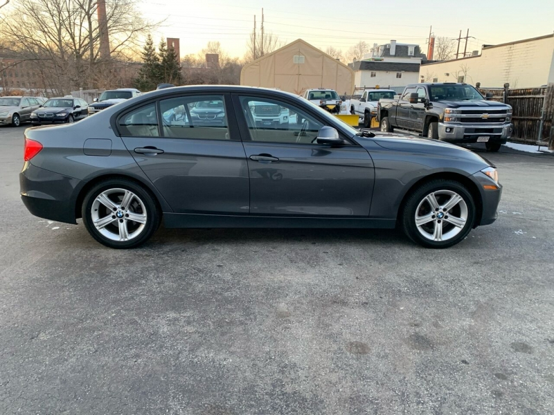 BMW 3 Series 2013 price $11,447