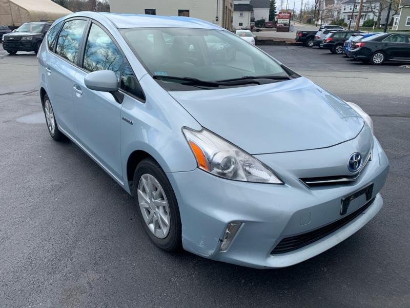 Toyota Prius v 2012 price $6,999
