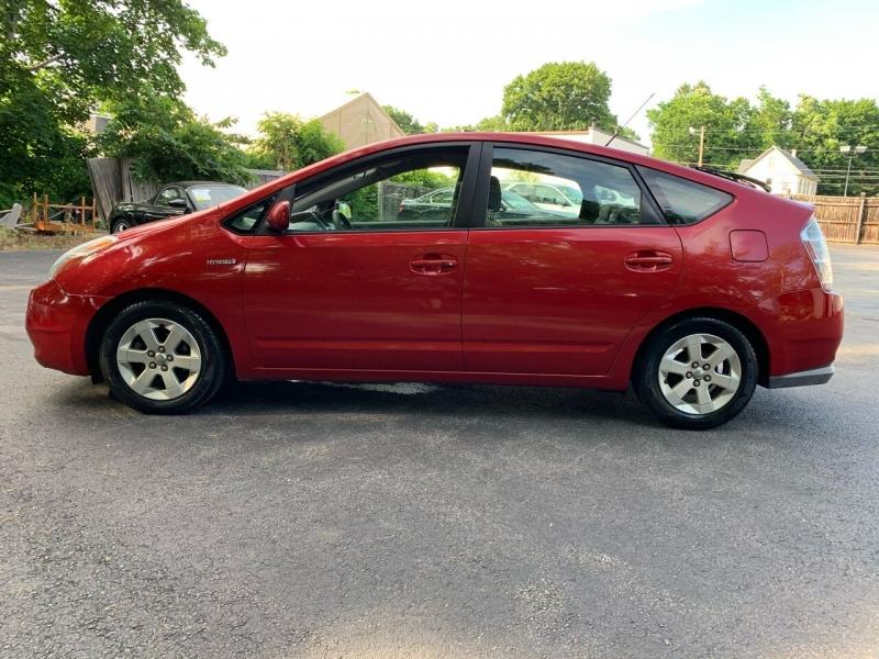 Toyota Prius 2008 price $3,650
