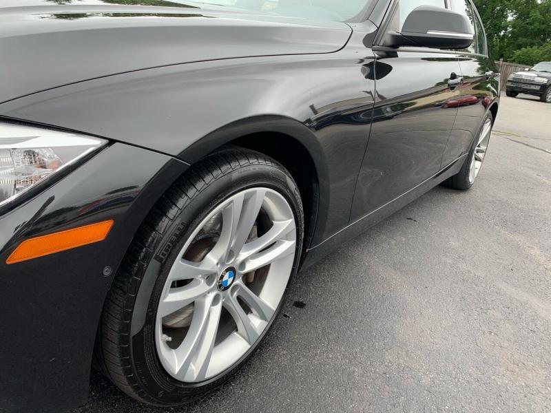 BMW 3 Series 2013 price $13,400