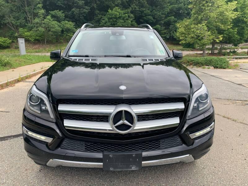Mercedes-Benz GL-Class 2015 price $23,400