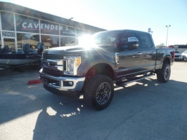Ford Super Duty F-250 XLT LIFTED 2017