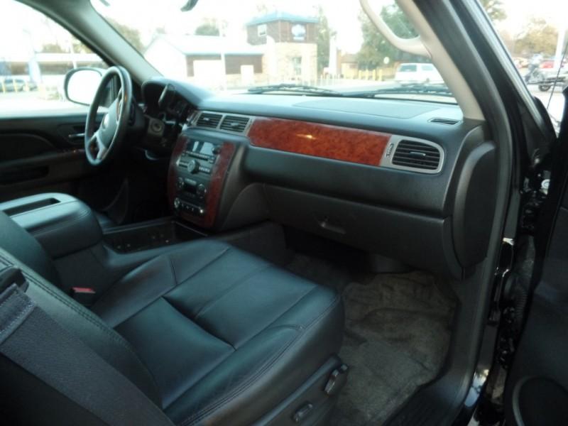 Chevrolet Avalanche 2013 price $11,490