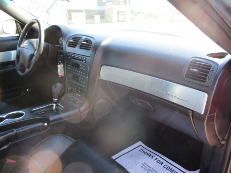 Ford Thunderbird 2004 price $8,990