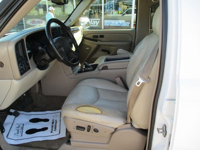Chevrolet Suburban 2005 price BUY HERE PAY HERE