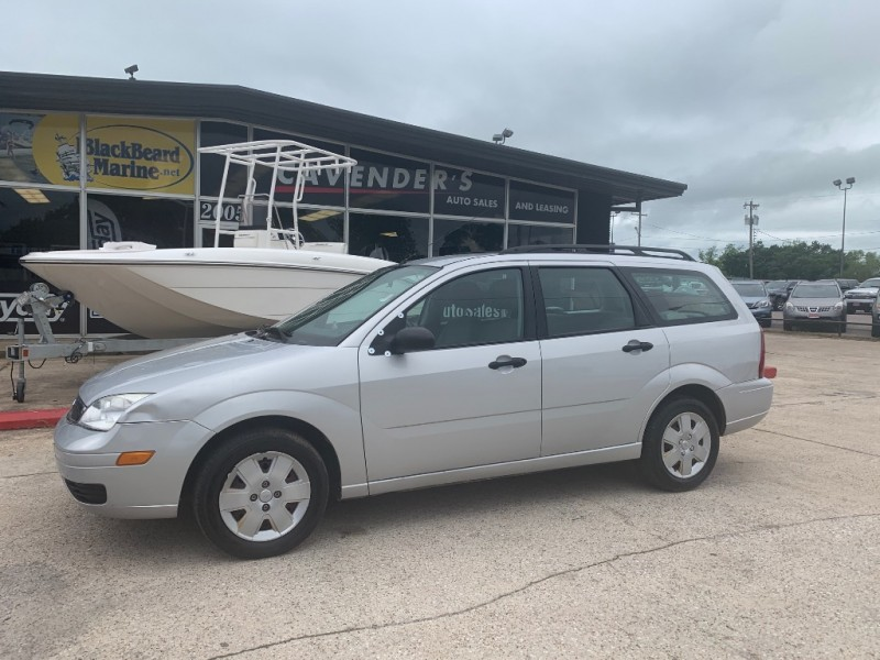 Ford Focus 2006 price $1,000 Down