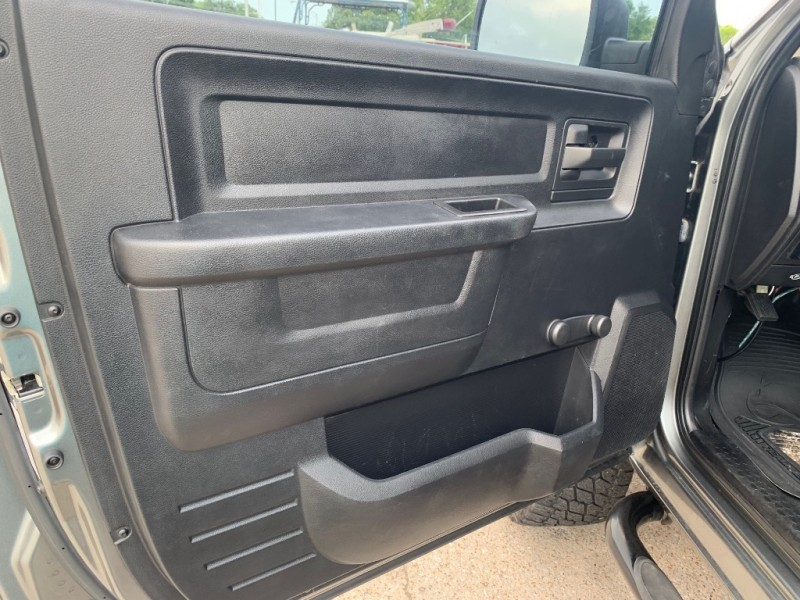 Dodge RAM 1500 LIFTED LOW MILES 2013 price $17,990